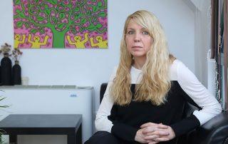 Силвия е консултант по управление на стреса и поведенчески психолог